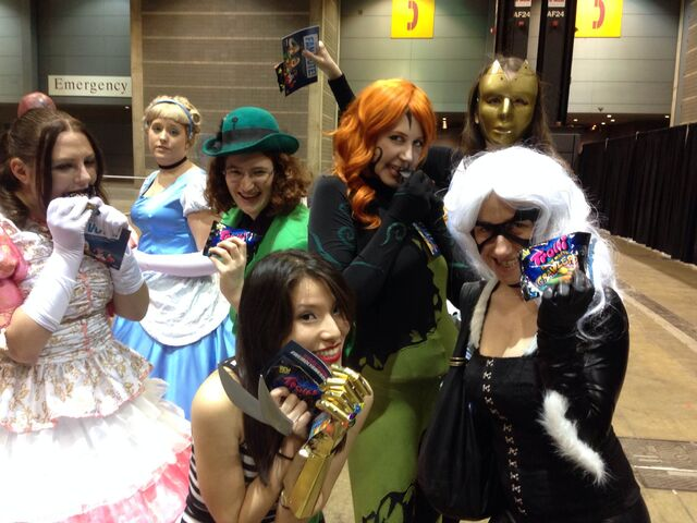 File:C2e22014-cosplay.jpg