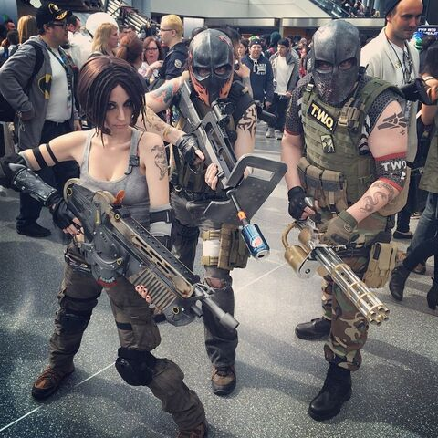 File:Nycc2014-armytwo-cosplay.jpg