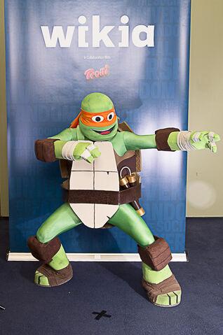 File:Efren Villagomez- Michelangelo from Teenage Mutant Ninja Turtles.jpg