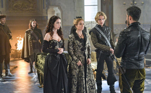 Fashion Style's of Reign 3