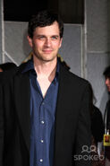 Tom Everett Scott 6