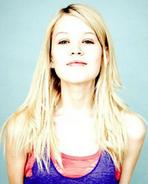 Jenessa Grant 2