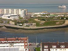 File:220px-Fort risban phare calais.jpg