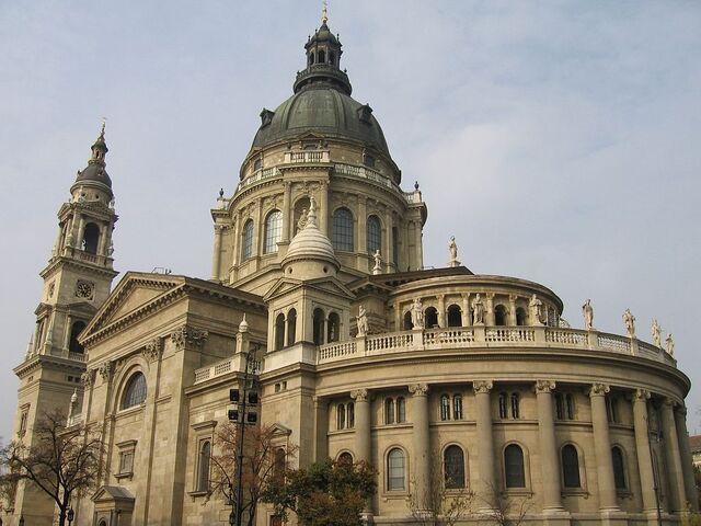 File:400px-St. Stephen's Basilica, Budapest.jpg