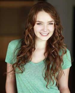 Amy Forsyth 1