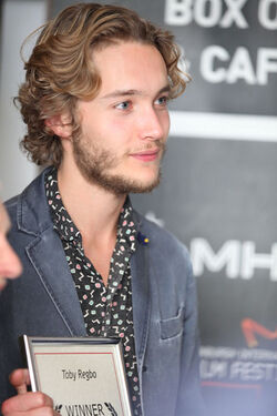 Edinburgh-International-Film-Festival-13-toby-regbo-36029943-333-500