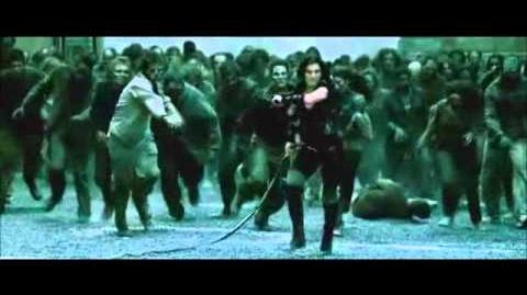 Resident Evil Afterlife - Zombie Roof Top Kill Scene