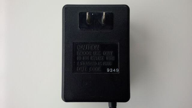 File:Neo Geo AES JP power supply 10V 02.jpg