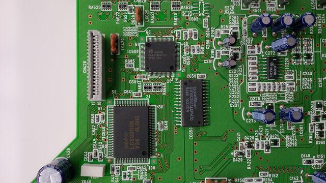 File:FZ-10 mainboard 13.jpg
