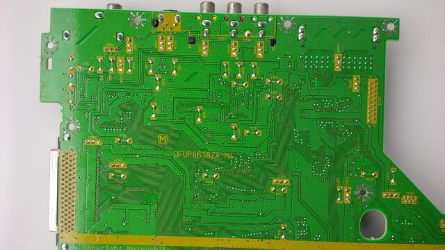 File:FZ-10 mainboard underside 02.jpg