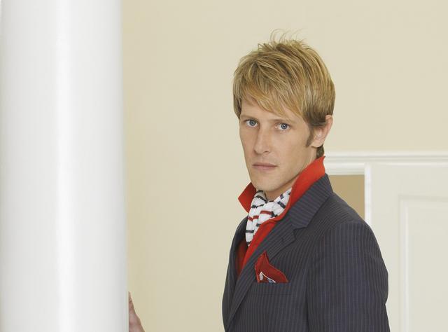 File:Nolan Profile Season 2.png
