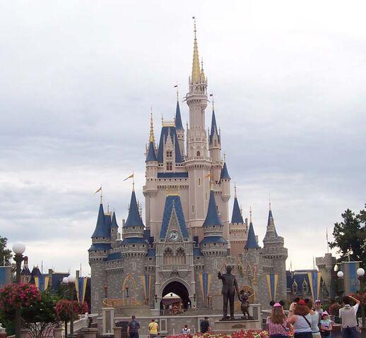 File:Walt Disney World 4.jpg