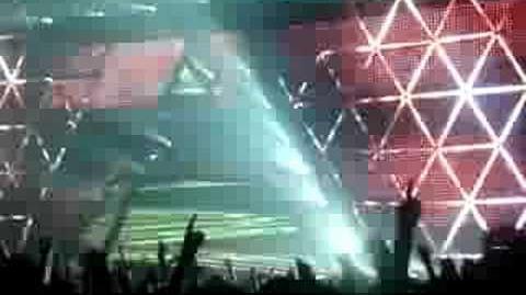 Daft Punk - Da Funk Live @ Bercy (High Quality)