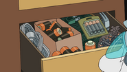 S1e2 battery drawer
