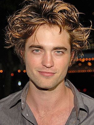 File:Robert pattinson300a.jpg