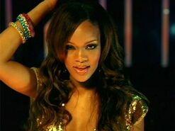 Rihanna-pon-de-replay-1289901609-view-0