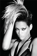 Rihanna64