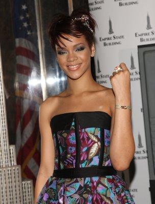 File:Rihanna Cartier Love Charity 2.jpg