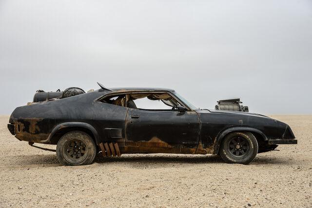 File:Car-madmax-78b.jpg