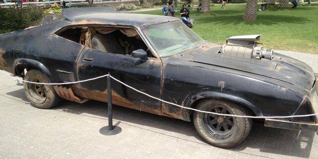 File:Car-madmax-78e.jpg
