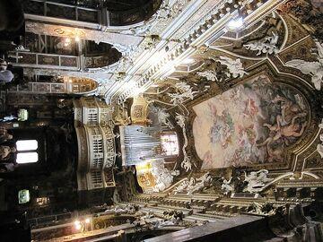 File:Santa Maria della Vittoria interior.jpg