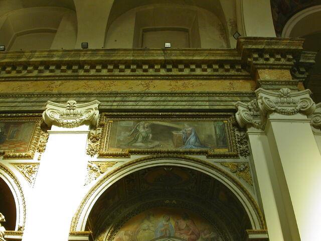 File:2011 Ambrogio, second left altar over.jpg