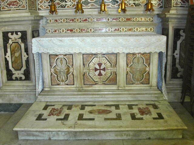 File:2011 Ambrogio, right transept altar frontal.jpg