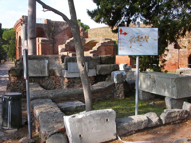 File:2011 Ostia Quirico 2.jpg