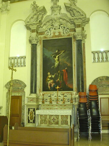 File:2011 Ambrogio, right transept.jpg