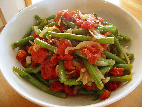 File:Grn beans with tomatoes.jpg