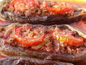 Eggplant stuffed meat