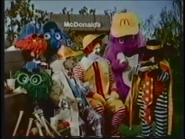 File:Ronald McDonald & Friends 20.jpg
