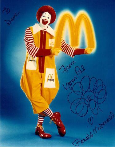 File:Ronald McDonald Golden Arch pose.jpg