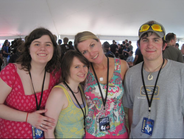 File:Kathleen with fans at the first RTX.png