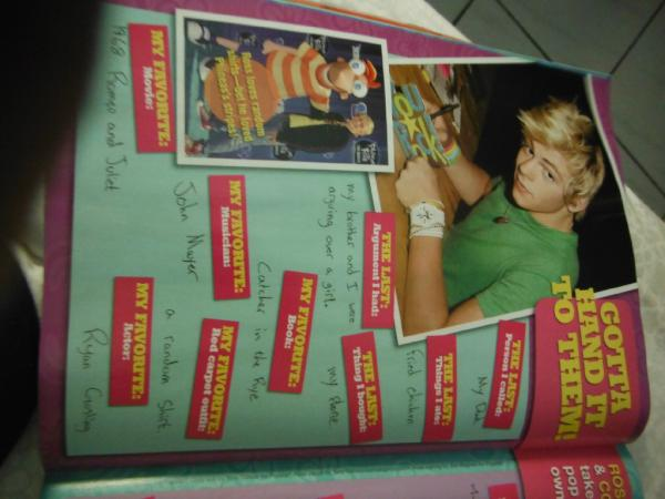File:Ross Lynch Magazine (4).jpg