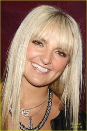 Rydel Planet Hollywood & Good Morning America (1)