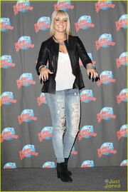 Rydel Planet Hollywood & Good Morning America (6)