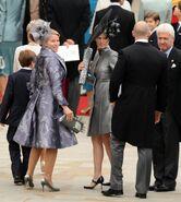 Ss-110429-royal-wedding-fashion-14.ss full