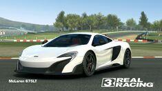 Showcase McLaren 675LT
