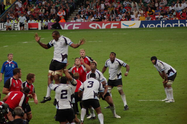 File:Line out jumper.jpg