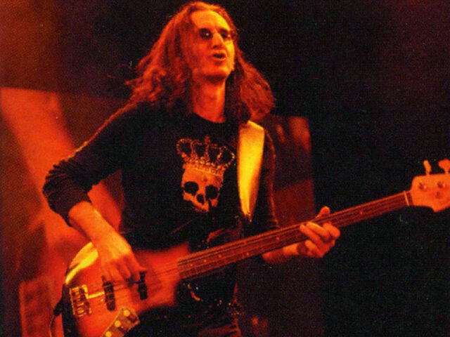 File:Fender Jaco Pastorius Tribute Custom Fretted.jpg