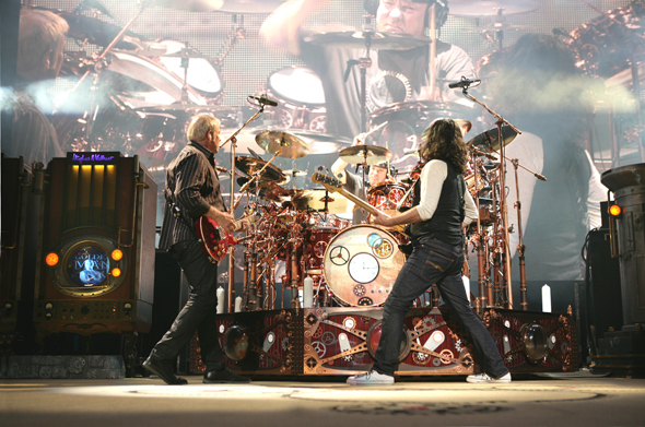 File:RUSH COVER LIVE-CLEVEL.jpg