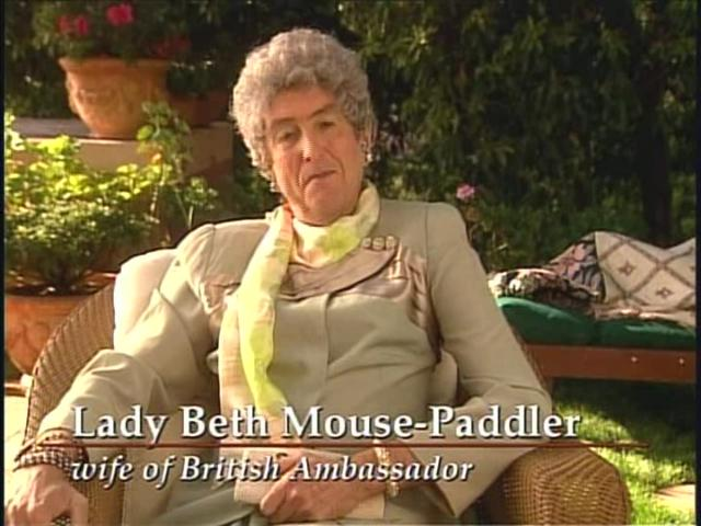 File:Lady Beth Mouse-Paddler.jpg