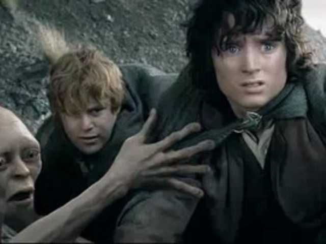 File:EG1wMzlhMTI= o frodo-trusts-gollum-from-the-lord-of-the-rings-the-two-.jpg