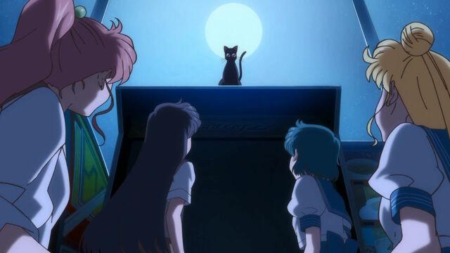File:Sailor-Moon-Crystal-06-8.jpg