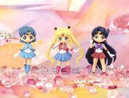 Sailor-moon-crystal-atsumete-figures1