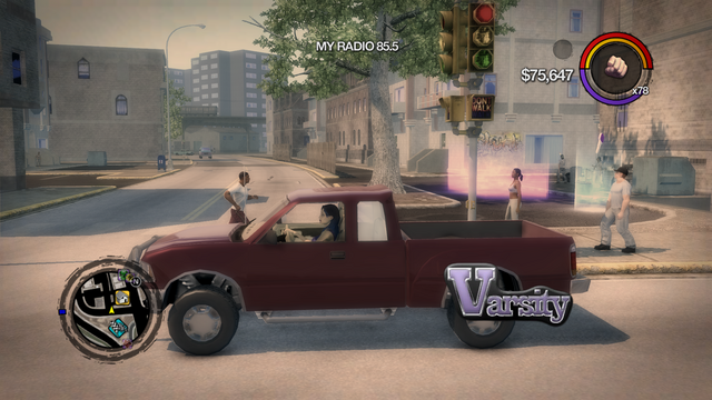 File:Varsity - left with logo in Saints Row 2.png