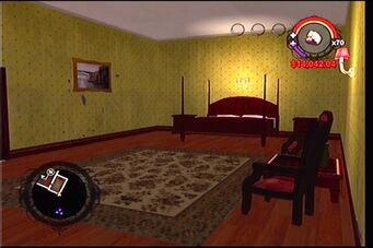 Raykins Hotel - yellow bedroom