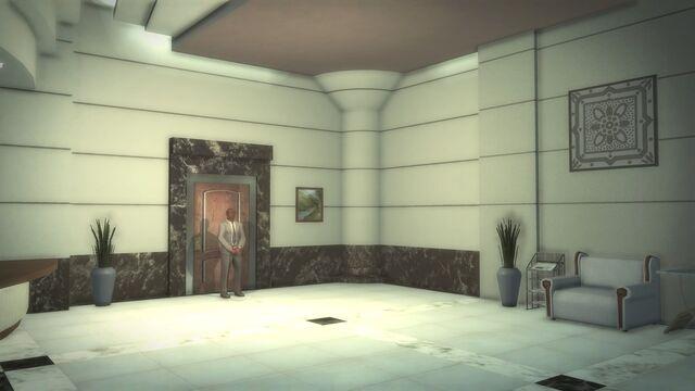 File:Heron Hotel - interior lobby guarded door.jpg