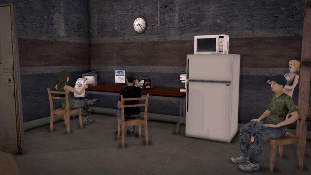 File:Donnie's - Interior in Saints Row 2 - storeroom kitchen area.jpg